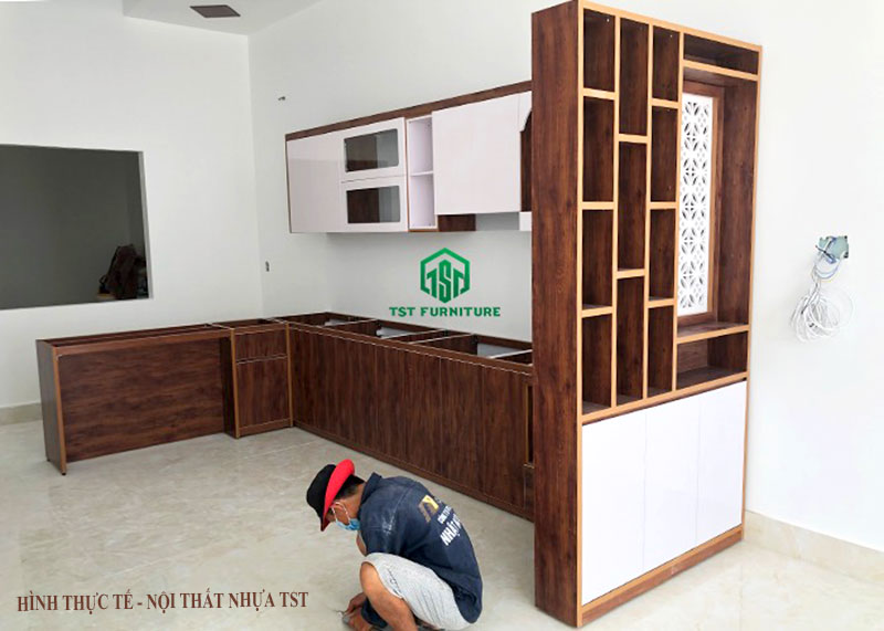 Đóng tủ bếp nhựa Đài Loan theo yêu cầu tại Đà Nẵng