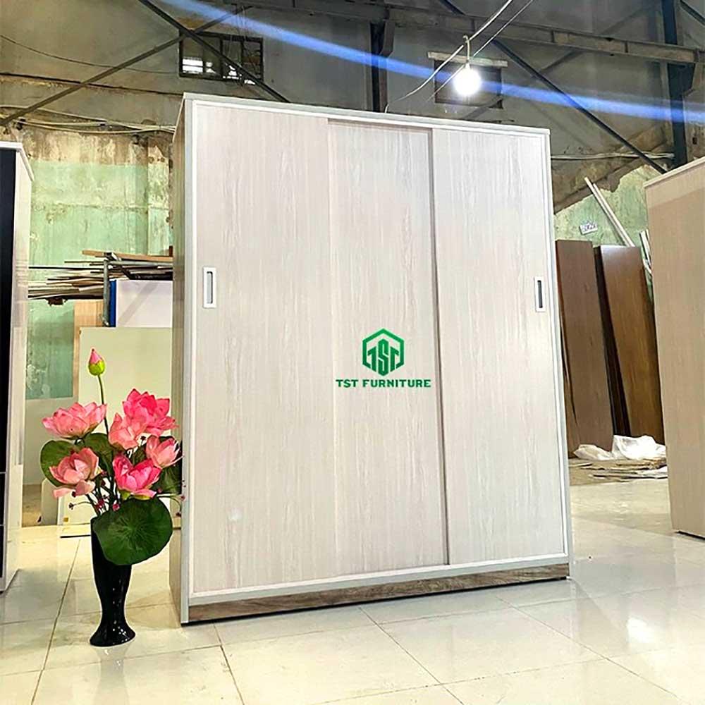 Tủ cửa lùa nhựa Đài Loan 3 cánh TCL3C1